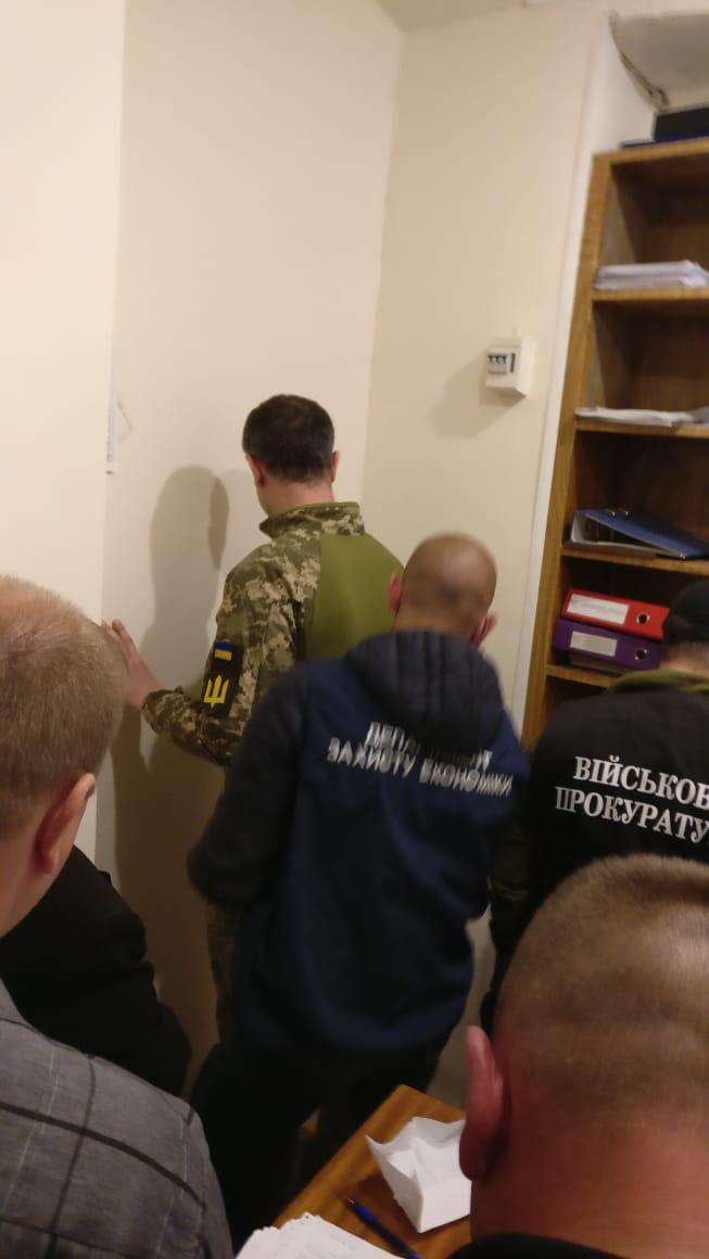 Сьогодні на хабарництві викрито офіцера відділення оперативних чергових Херсонського об'єднаного міського військового комісаріату